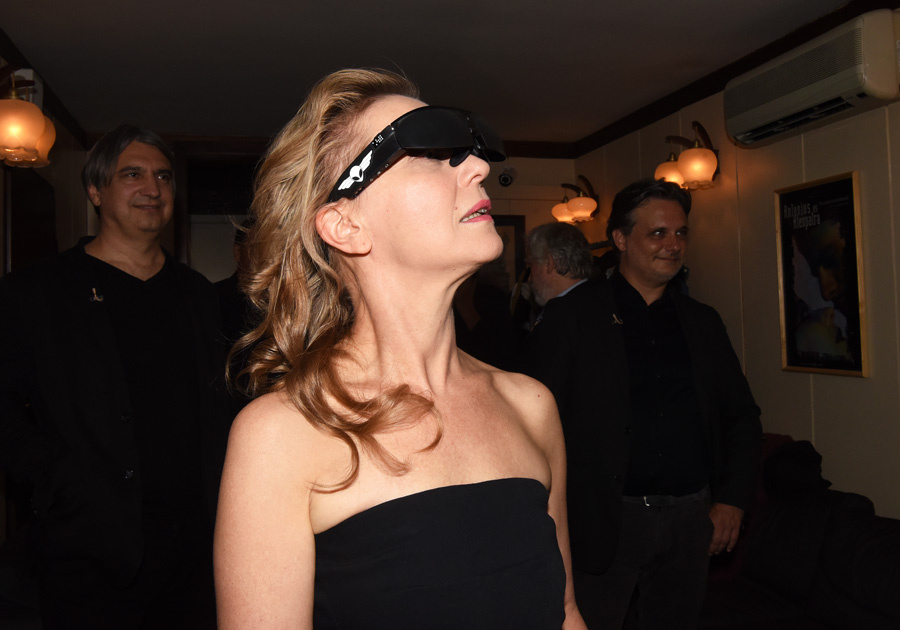 Ms. Eszenyi wearing ODG R-6 smart glasses (Image by Zsuzsa Szkárossy / Fidelio.hu)